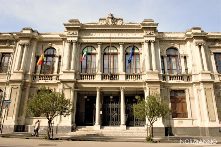Foto della Provincia - Palazzo dei Leoni - Città Metropolitana