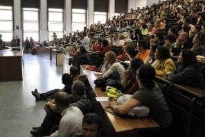 Rapporto AlmaLaurea: il 75% dei laureati Unime trova lavoro. La metà, però, lascia Messina