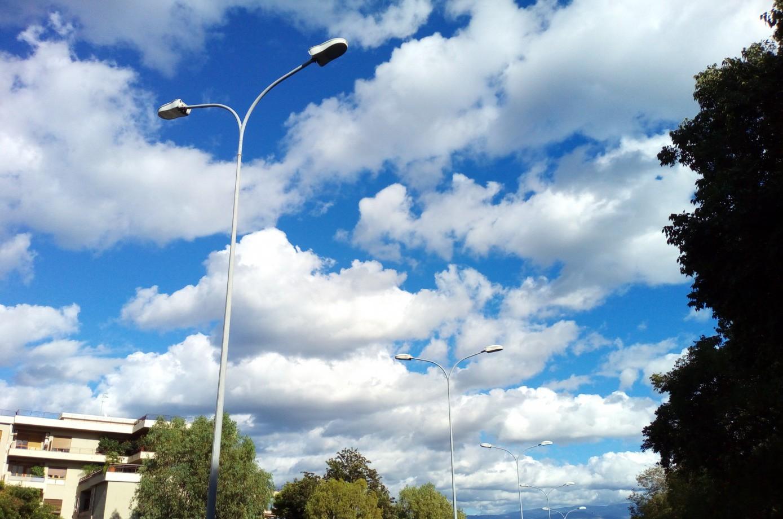 Foto di alcuni lampioni nei pressi dell Annunziata a Messina