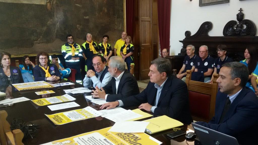 """Foto della conferenza stampa di presentazione di """"Io non rischio - Messina"""""""