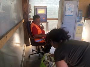 procedura di pesatura sulla bilancia dell'isola ecologica di tremonti - messina