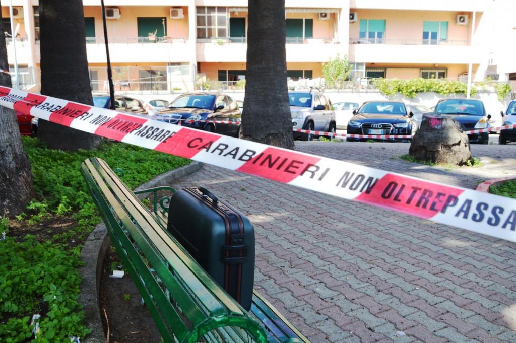 Foto valigia abbandonata Messina, secondo allarme bomba
