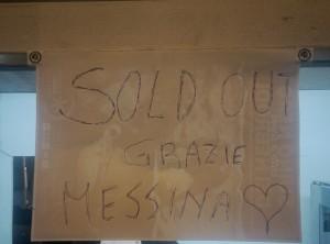 Foto 04 - Giorno 1 Messina Street Food Fest 2017 - Dettaglio di uno stand in sold out, tutto esaurito