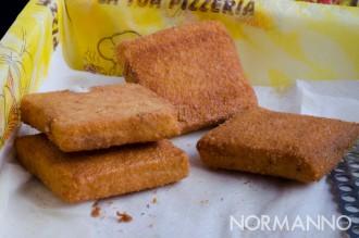 Foto di due mozzarelle in carrozza