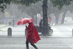 Preparate ombrelli e cappotti: domani a Messina vento e piogge