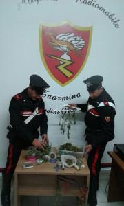 Foto della droga sequestrata dai Carabinieri di Taormina