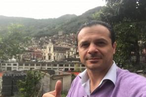 Cateno De Luca dopo l'assoluzione: «Sono più forte, le lobby non mi fermeranno»
