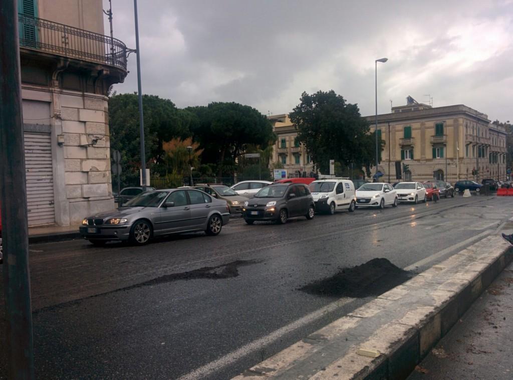 restringimento carreggiata a causa dei lavori sul manto stradale del boccetta - messina