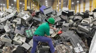 raccolta e smaltimento rifiuti elettrici ed elettronici