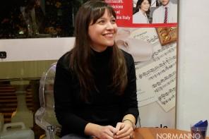 """Alessia Gazzola torna a Messina e presenta """"Arabesque"""": la nuova avventura di Alice Allevi"""