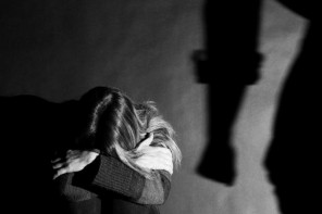 Sorpreso mentre minacciava la moglie: arrestato marito violento a Messina
