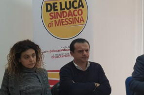De Luca contro l'AMAM: «È un malaffare, l'acqua a Messina c'è» – VIDEO