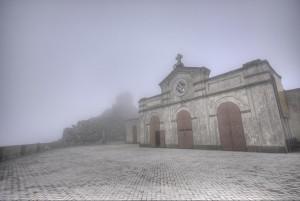 Santuario di Dinnammare avvolto nella nebbia - messina