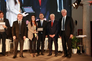 Foto dei due dottorandi Unime al Premio Leonardo