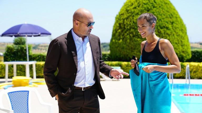 Stella Egitto - attrice di Messina insieme a luca zingaretti nel commissario montalbano