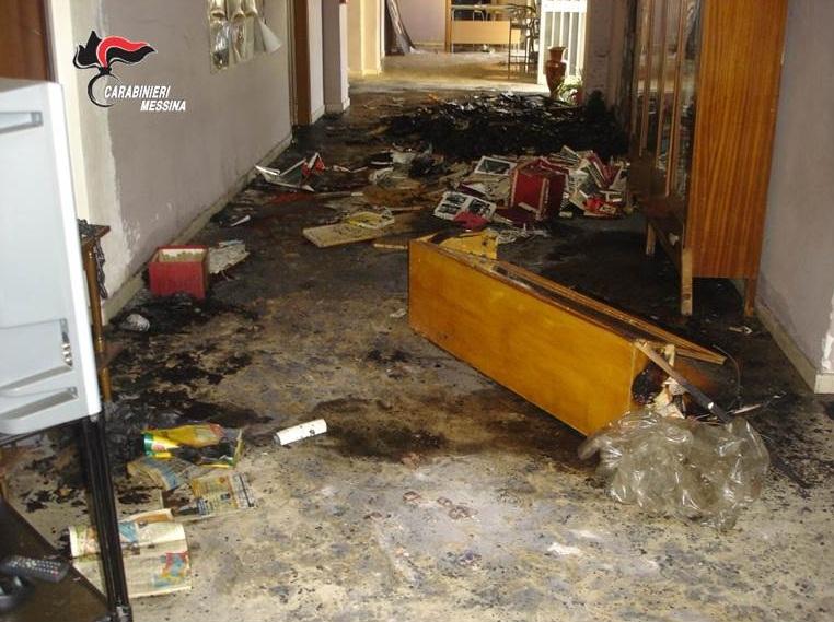 foto dell'incendio scuola elementare Merì