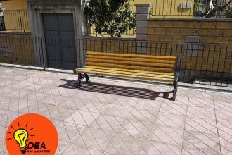 Foto da facebook - Panchina piazza San Salvatore dei Greci - San Licandro
