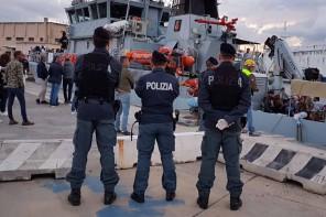 Messina. Arrestato pregiudicato nascosto fra i migranti sbarcati ieri
