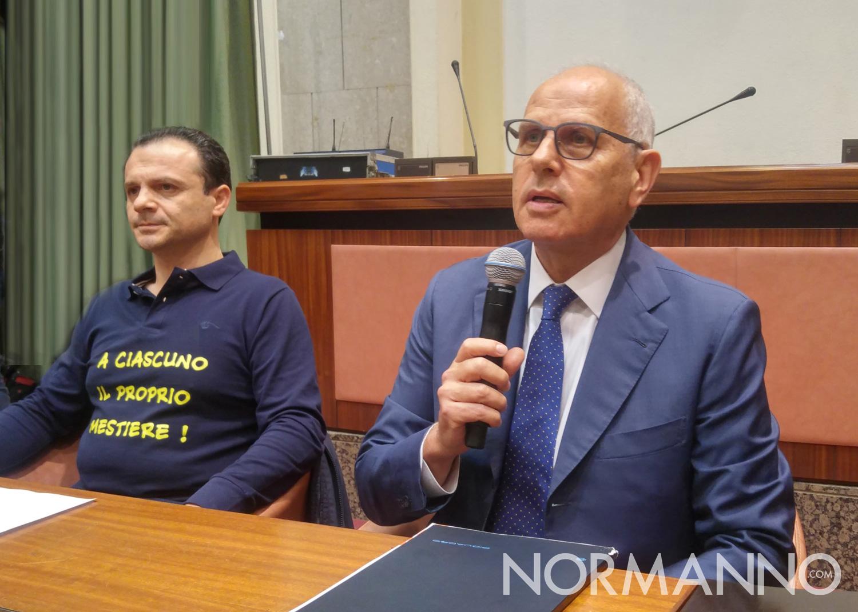 Foto della conferenza stampa di Cateno De Luca e Dino Bramanti - Patto per Messina