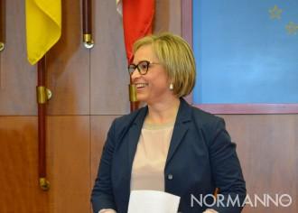 Primo piano di Emilia Barrile - Candidata sindaco elezioni Messina 2018