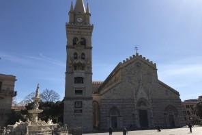 Funerali di Francesco e Raniero. Maxi schermo a piazza Duomo per seguire la celebrazione