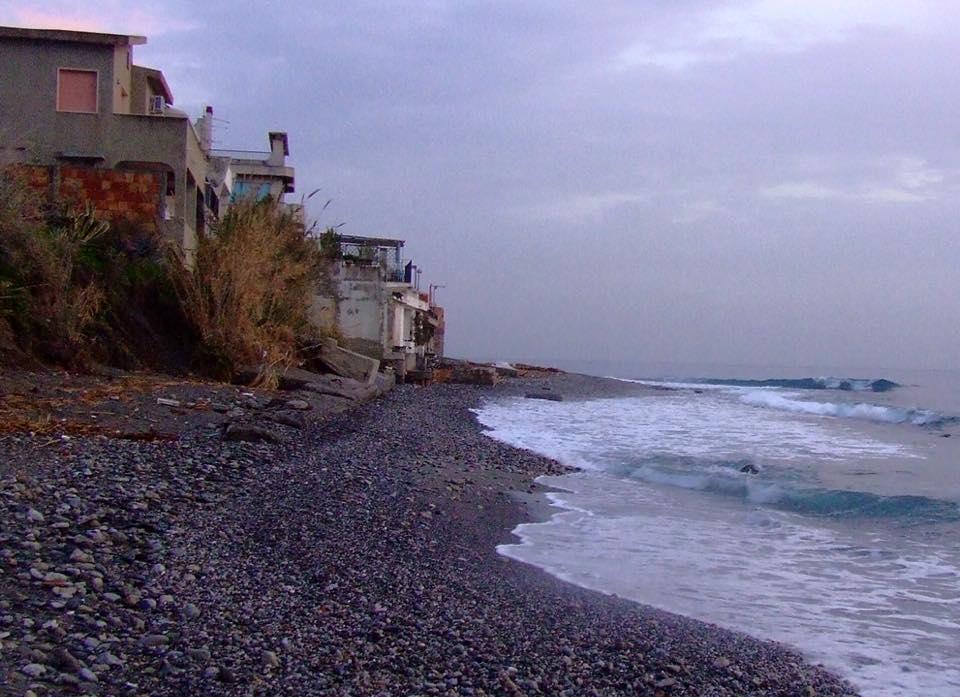 erosione costiera a galati marina - messina
