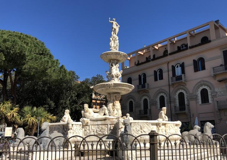 Foto della fontana di Orione del Montorsoli - Piazza Duomo di Messina
