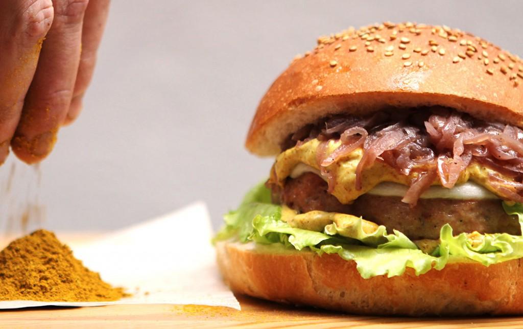 Foto del cicchen burger di FUD bottega sicula