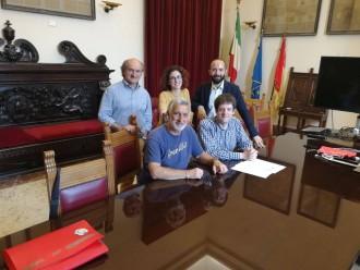 foto della presentazione e firma del progetto le agorà di messina