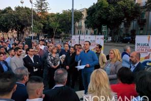 Elezioni Messina. De Luca a piazza Duomo: «Centrodestra e centrosinistra caste dei privilegi»