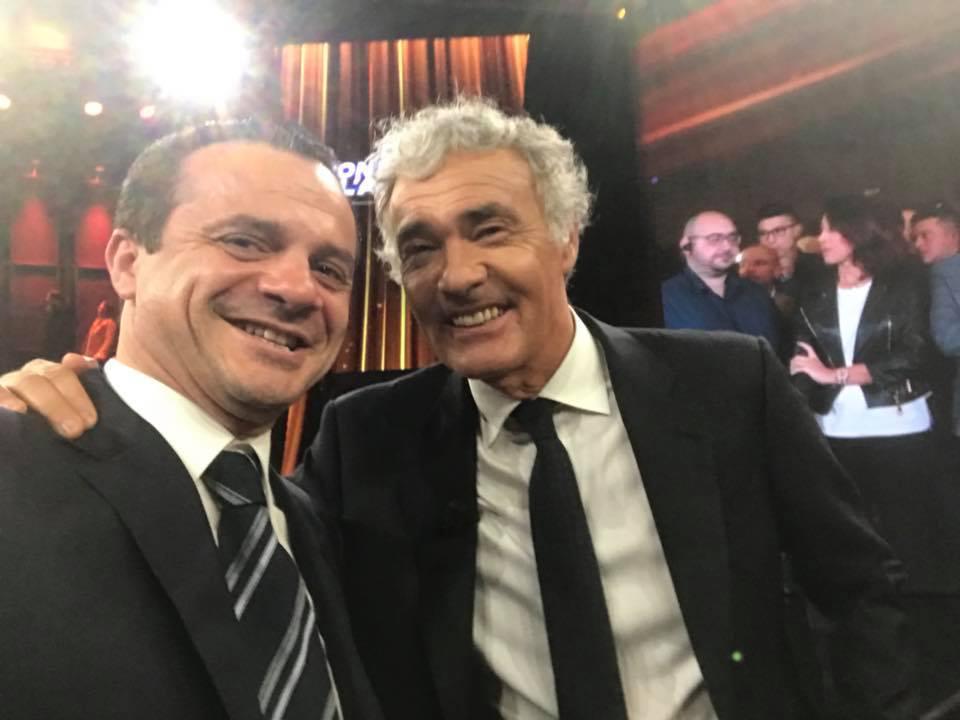 Foto di Cateno De Luca e Massimo Giletti dopo la partecipazione del deputato alla trasmissione Non è l'arena