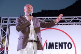 Foto di Gaetano Sciacca, comizio a Giampilieri - Messina amministrative 2018