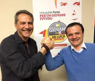 Foto di Lorenzo Crespi con Cateno De Luca