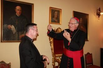 Foto di mons. Cesare Di Pietro e dell'arcivescovo Giovanni Accolla, Messina