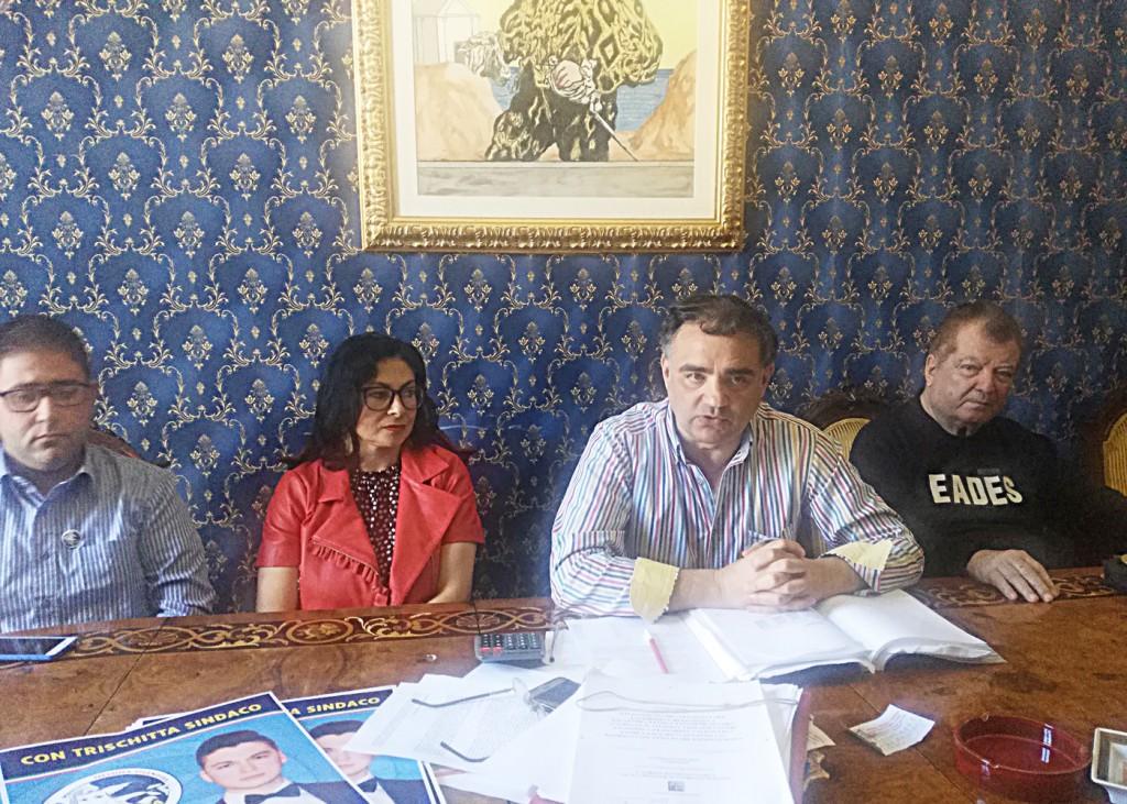 Foto della conferenza stampa di presentazione del programma di Pippo Trischitta