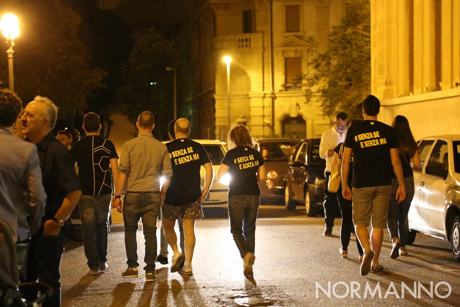 I sostenitori di Cateno De Luca lasciano piazza Municipio -