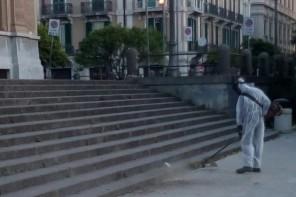Messina. Netturbino aggredito a sprangate mentre spazzava a Piazza Cairoli