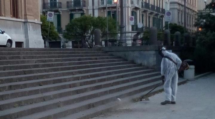 aggressione netturbino piazza cairoli messina