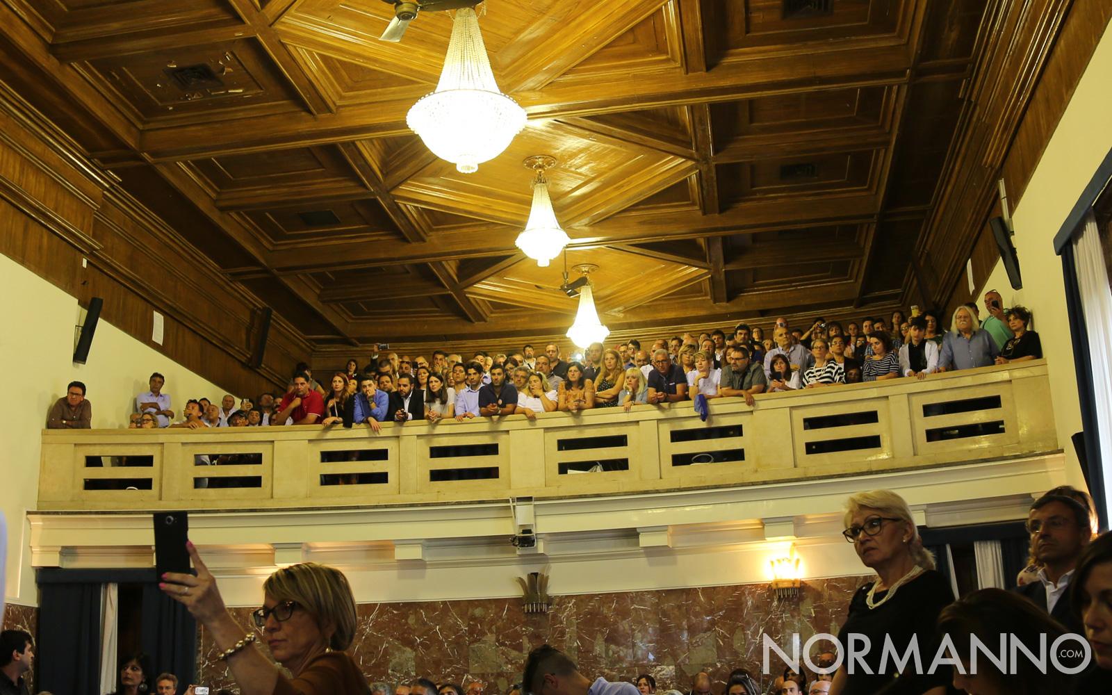 proclamazione-sindaco-messina-cateno-de-luca-14-pubblico