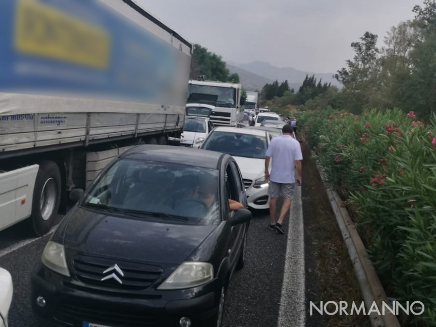 autostrada-a18-messina-catania-bloccata-giarre