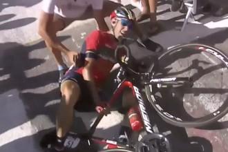 Fotogramma da Eusport della caduta di vincenzo nibali al tour de france 2018