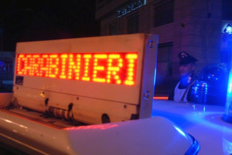 carabinieri-pattuglie-notturne20100505-0510