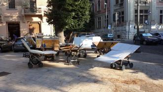 oggetti venditori abusivi sequestrati polizia municipale