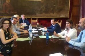 """Troppi """"contribuenti fantasma"""". De Luca annuncia l'arrivo dell'Ufficio unico delle entrate municipali"""