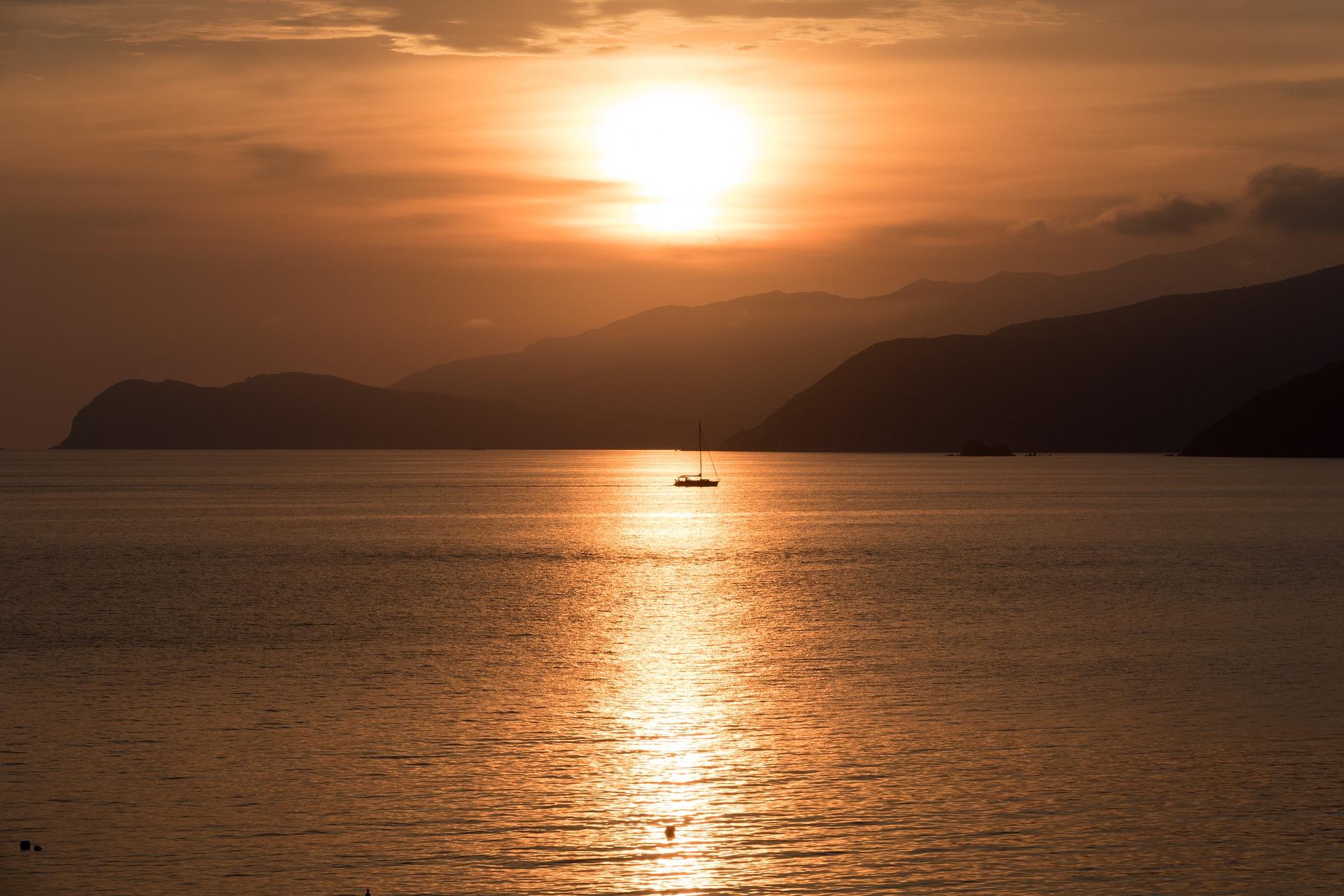 Isola d\'Elba: natura e intrattenimento, il luogo di vacanza adatto a ...