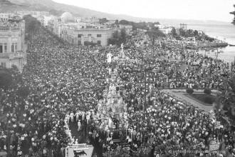 foto della Vara risalente agli anni 50-60 all'altezza della prefettura di messina