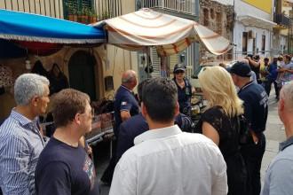 blitz del sindaco di messina cateno de luca a torre faro contro i venditori ambulanti abusivi