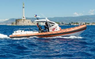 motovedetta CP 734 della guardia costiera di messina