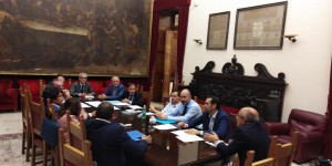 il sindaco De Luca, la Giunta Comunale e i vertici di ATM in una riunione sul bilancio dell'azienda di trasporto pubblico