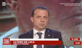 primo piano del sindaco di messina cateno de luca in diretta su rai 1 per parlare della questione risanamento